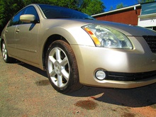 2006 Nissan Maxima Side 2